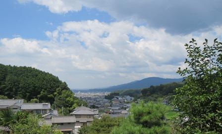 聖林寺から三輪山.jpg